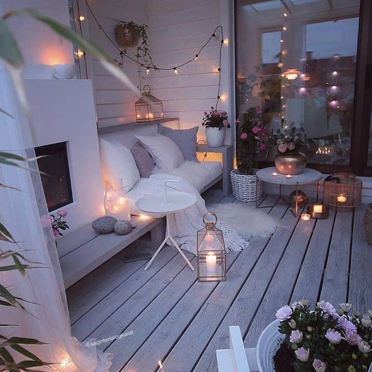 balcony decking at home